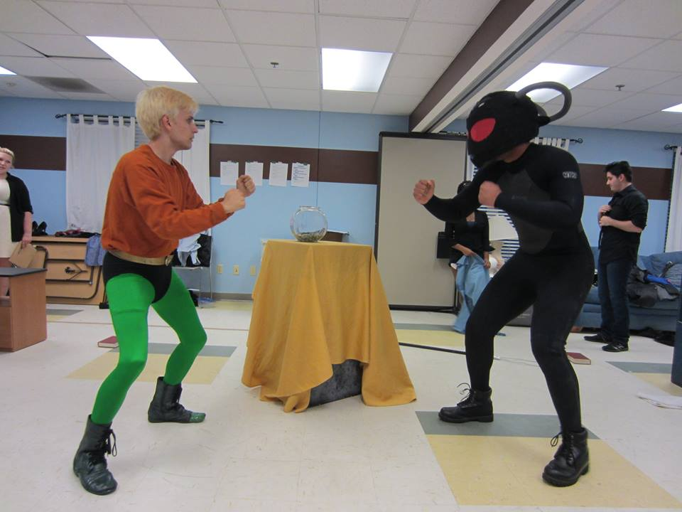 Aquaman fights Black Manta